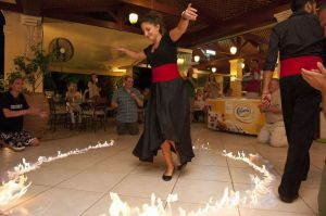 Fire-Dance-on-Greek-Night-.jpg